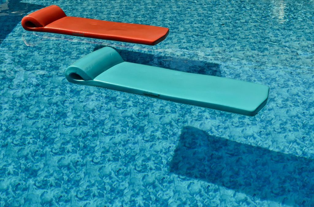 Three Ways a Pool May Affect Your Homeowners Insurance